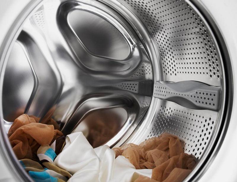 С каким барабаном хорошо стирать